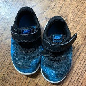 Nike flex Blue Sneakers Size 6
